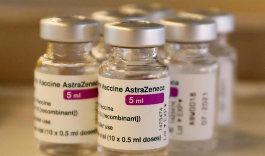 AstraZeneca, è giallo sulle 29 milioni di dosi bloccate ad Anagni