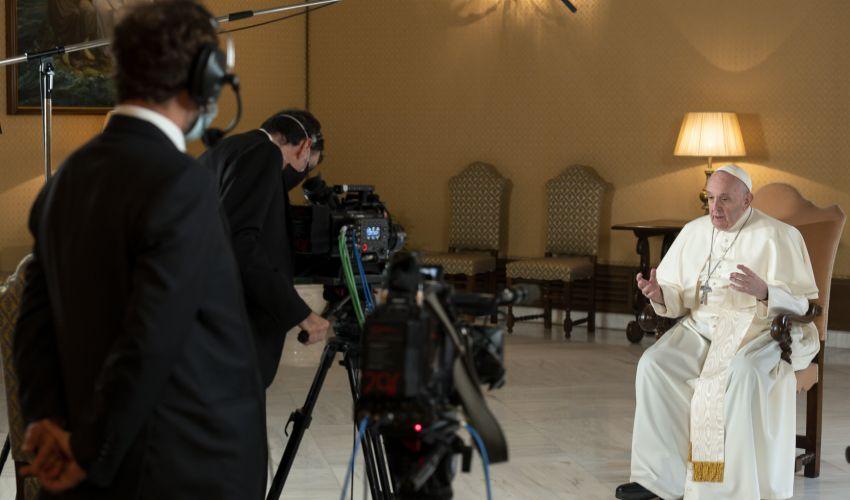 Netflix, Papa Francesco nella docu-serie in uscita nel 2021