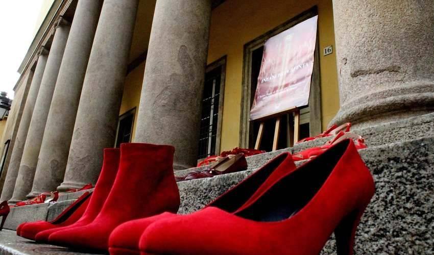 Due nuovi femminicidi nel giorno contro la violenza sulle donne