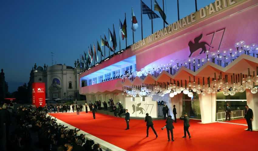 Diario (simil) sfacciato del primo week end della Mostra del Cinema