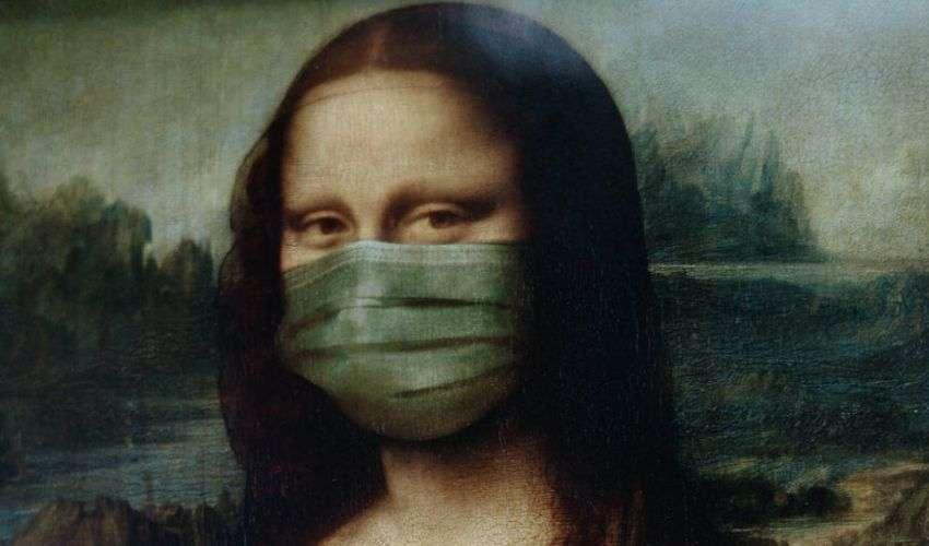 Alla fiera delle mascherine due visioni del mondo, non solo del virus