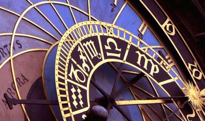 Oroscopo 2021: ecco le serie Tv abbinate ai 12 segni zodiacali