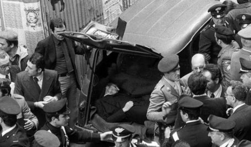 16 marzo rapimento Moro e strage della scorta. La storia cambiò