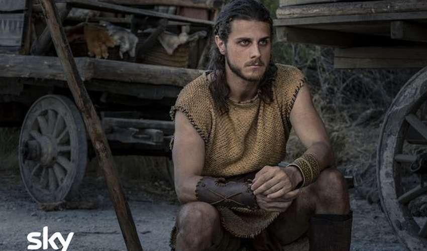 """""""Romulus"""": cast e trama della serie tv Sky Original di Matteo Rovere"""