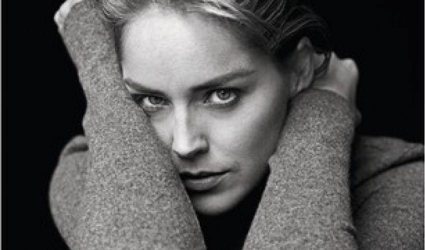 Sharon Stone, nel libro denuncia: molestata sul set da un produttore