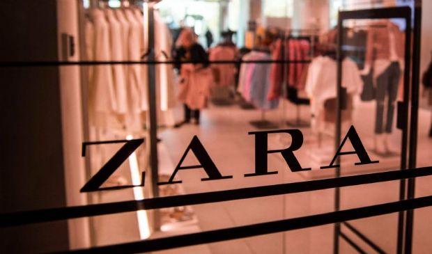 Il Covid non ci ha insegnato niente, Zara fa il boom di vendite online