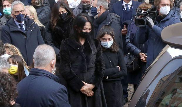Furto in casa di Paolo Rossi, la moglie Federica: «Una bassezza»