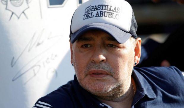 Maradona, 11 figli a caccia dell'eredità. Inizia la battaglia