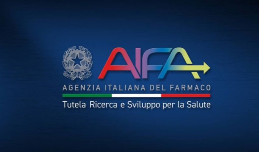 """Monoclonali, Aifa sotto inchiesta per 10mila dosi gratuite """"rifiutate"""""""