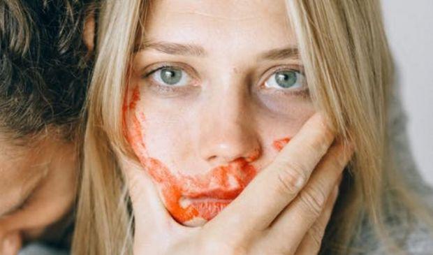 Continua la vergogna dei femminicidi, siamo a otto casi in 7 giorni