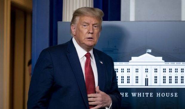 """Ombra delle tangenti sulla Casa Bianca. La """"grazia"""" di Trump vale oro"""