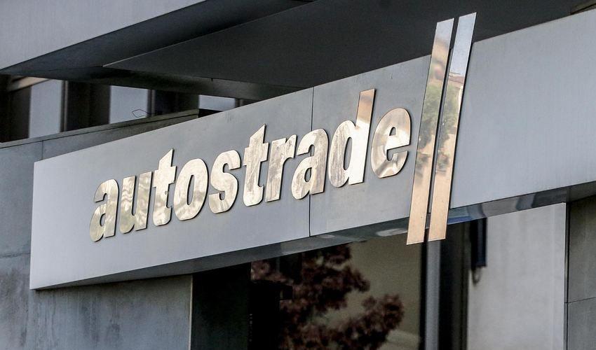 Autostrade, arrestati l'ex a.d. Giovanni Castellucci e altri manager