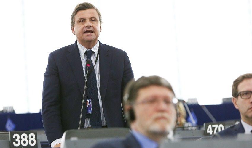 Referendum 2020, Calenda e le ragioni del NO al taglio parlamentari