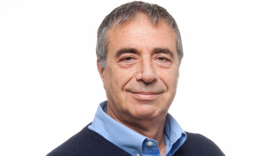 L'epidemiologo Ciccozzi: «Gli italiani vanno informati, non convinti»