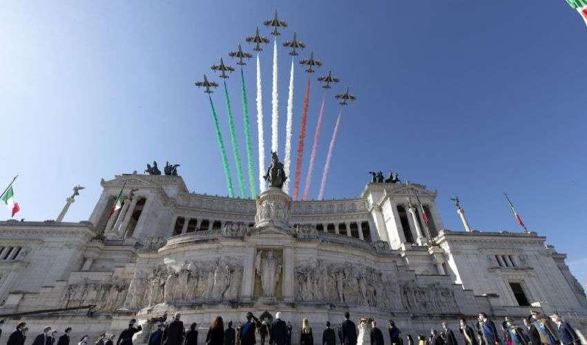 """Frecce Tricolori e """"Abbraccio all'Italia"""". L'intervista al Com. Farina"""
