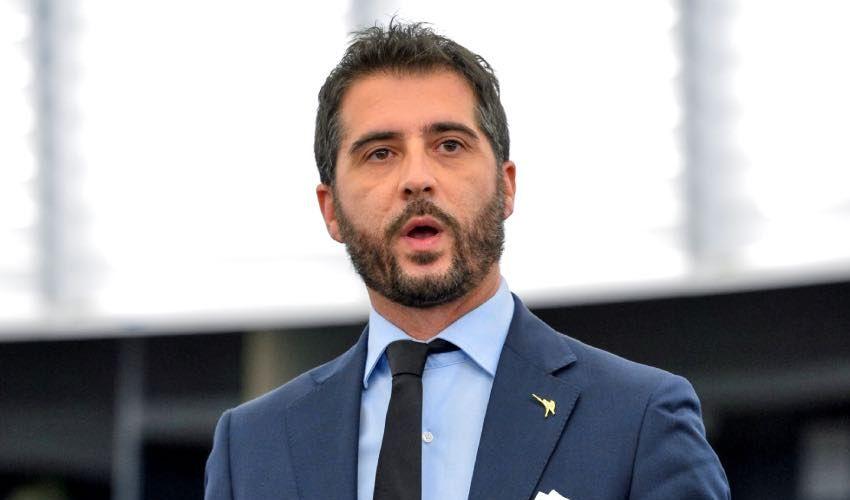 Bio-intervista a Paolo Borchia, vita dell'eurodeputato vista da vicino