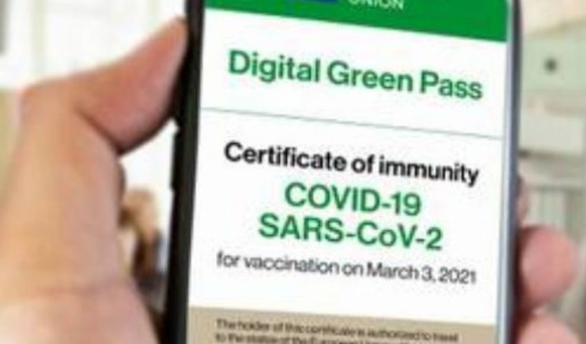 Green pass: ora valido fino a 9 mesi. Ecco cosa cambia e a cosa serve