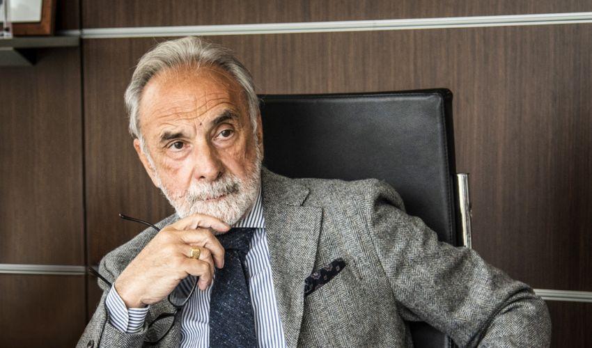 """Miozzo lascia il Cts, in pole position Remuzzi: """"Servono più vaccini"""""""