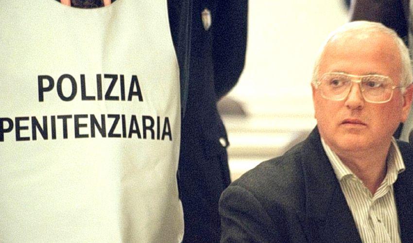 Morto Raffaele Cutolo, era il boss della Nuova Camorra Organizzata