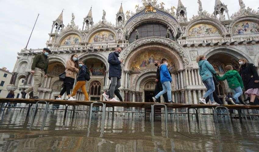 Mose, perché e quando si dovrebbe alzare per proteggere Venezia
