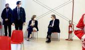 Draghi e la moglie Serenella vaccinati con AstraZeneca nell'hub a Roma