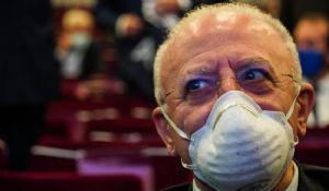 Coronavirus, De Luca al governo: «Decidere subito il lockdown»