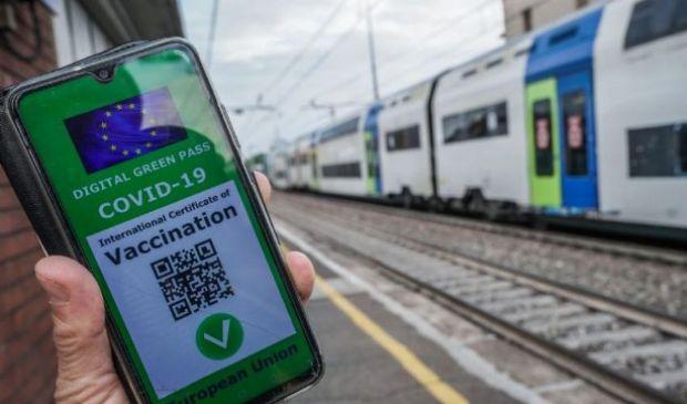 Trasporti, Green Pass obbligatorio dal 1° settembre, ecco dove e come