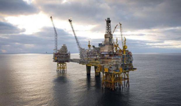 Greenpeace, l'appello: «Fermare le trivellazioni nei mari italiani»