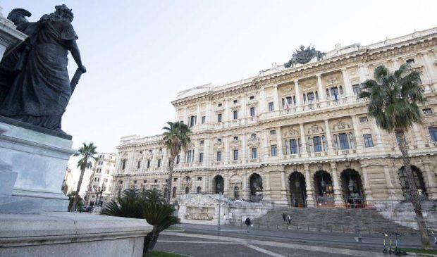 Cassazione annulla le assoluzioni per Martina Rossi: la vicenda