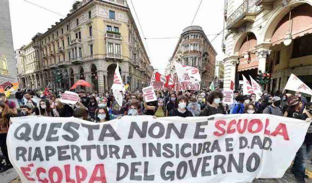 Il mondo della scuola scende in piazza per due giorni di mobilitazione