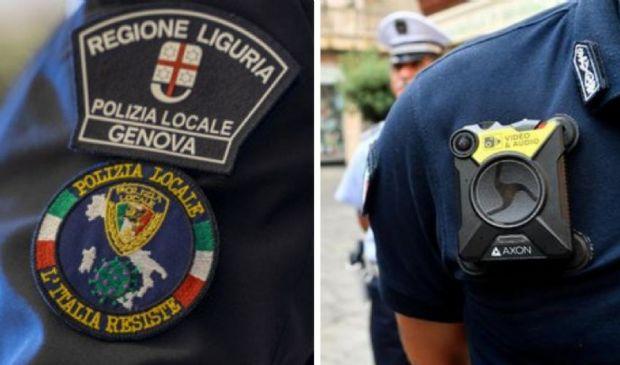 Vigili di Genova, sì alle bodycam, no a tatuaggi, piercing e trucco
