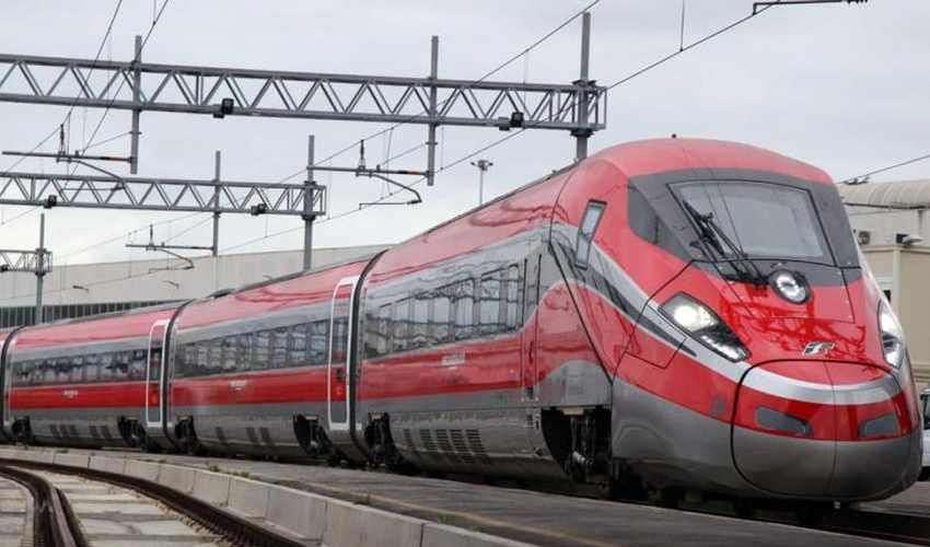 È tornato regolare il traffico ferroviario con la capienza a norma