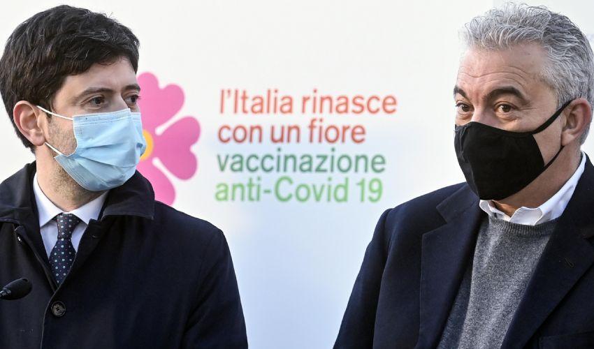 Covid, finora sono oltre 326mila i vaccinati. Tutti i numeri