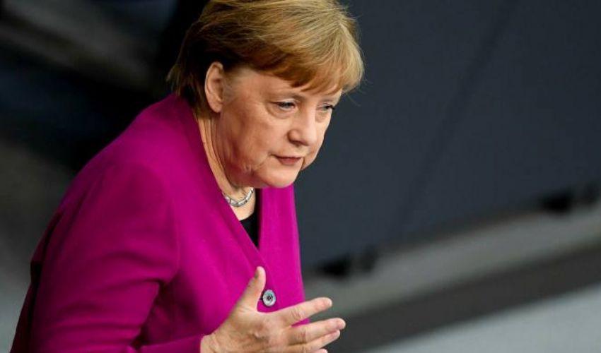 Angela Merkel: chi è la cancelliera tedesca, biografia, età e marito