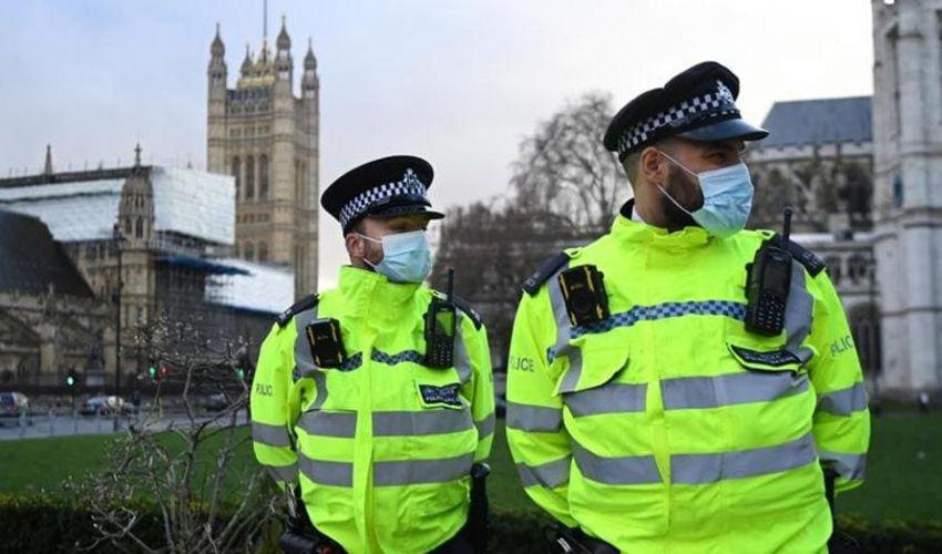 Regno Unito, da lunedì carcere per chi viola norme anti-Covid