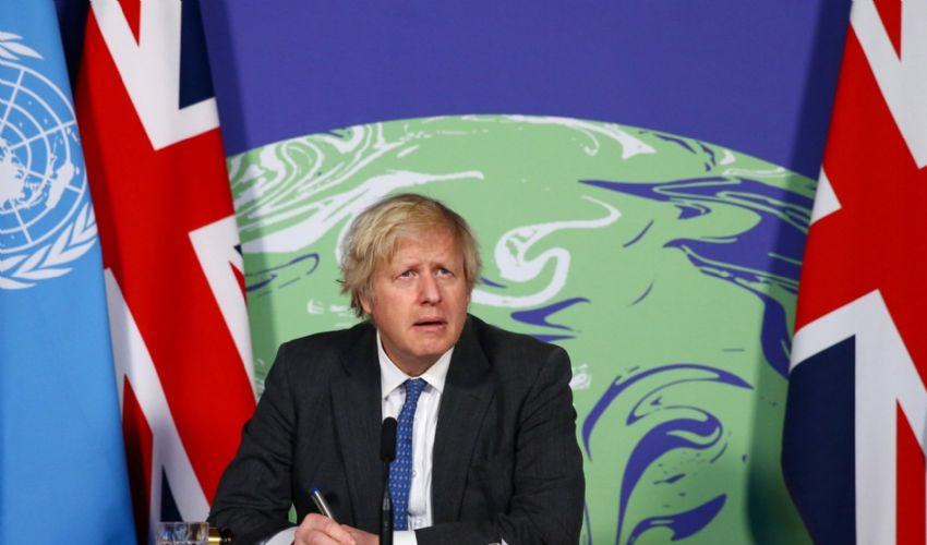 Green Pass, il Regno Unito ci ripensa (di nuovo): non ci sarà