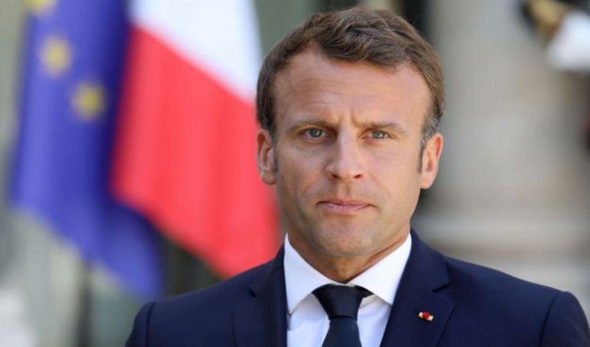 Emmanuel Macron: chi è il presidente francese età e la moglie Brigitte
