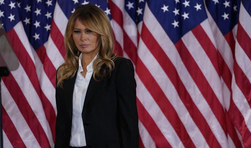 Melania Trump, pronte le valigie per New York (Trump vola in Florida)