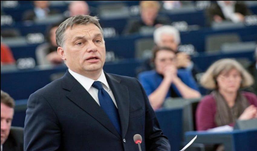 Orban ritira da PPE i 13 eurodeputati del suo partito all'Eurocamera