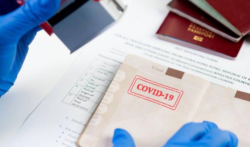 Passaporti vaccinali, quale base scientifica? Ue discute pro e contro