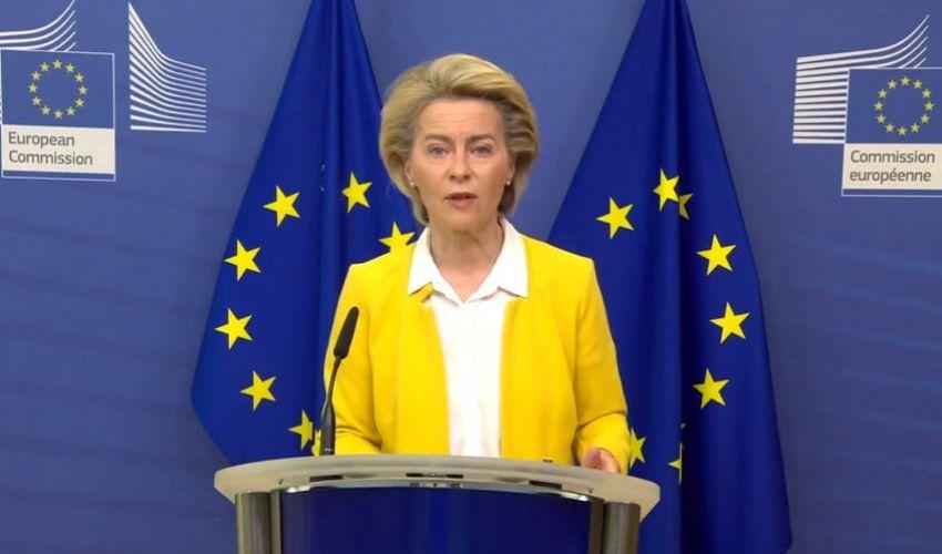 Von der Leyen: Ue negozia accordo con Pfizer per nuove dosi di vaccini