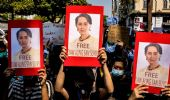 Myanmar, Aung San Suu Kyi in video a processo. 18 manifestanti uccisi