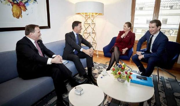 "In arrivo contro-piano di Austria e ""4 frugali"" all'asse Macron-Merkel"