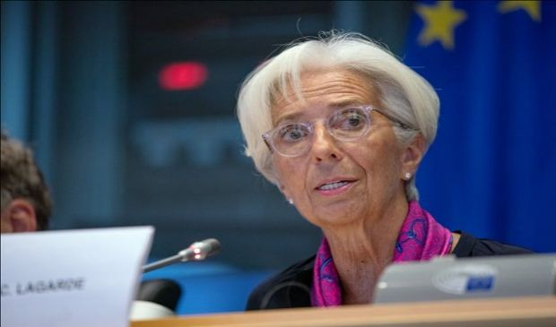 BCE, Lagarde: tassi d'interesse invariati, ma aumenta potenza del PEPP