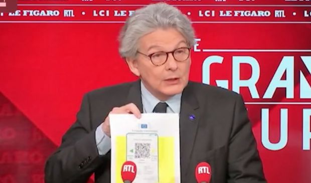 """Passaporto vaccinale Ue 2021, Breton: pronto """"a metà giugno"""""""