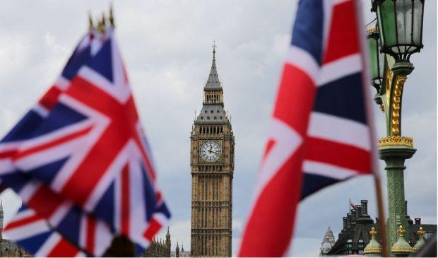 """Brexit 2021: come funziona l'ingresso a """"punti"""" nel Regno Unito"""