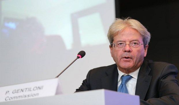Caro energia, Gentiloni: Governi proteggano da impennata bollette gas
