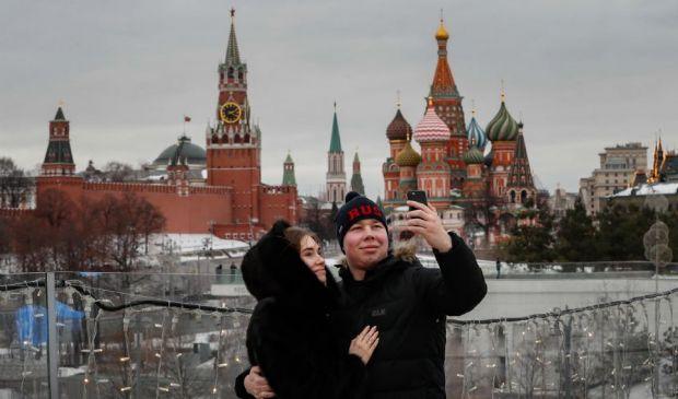 Covid: Mosca cancella restrizioni ma in Europa è allarme rosso scuro