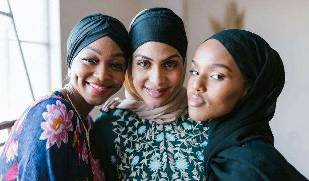 Donne alla Mecca da sole, cade il tabù in Arabia Saudita. La svolta