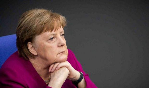 "Germania, Angela Merkel revoca lockdown per Pasqua: ""Un errore"""